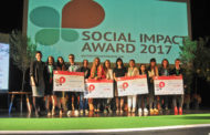 """Доделена наградата """"Social Impact Award"""" во Македонија"""