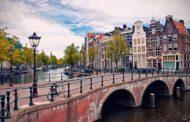 Амстердам ќе воведе нови даноци за туристите