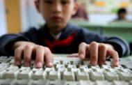ВИДЕО: Школската година почна! Не заборавајте да следите што прават вашите деца онлајн!