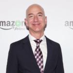 Најбогатиот човек на светот, Џеф Безос, порачува: Не барајте баланс меѓу приватниот живот и работата