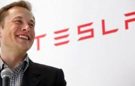 Падна вредноста на акциите на Тесла поради коментарот на Илон Маск