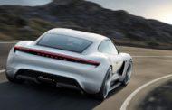 Porsche ќе потроши шест милијарди евра за развој на хибридни и електрични автомобили