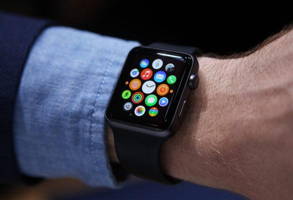 Apple Watch со поголема продажба од сите швајцарски часовници заедно