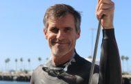 Професионален пливач планира да го преплива Тихиот Океан за да ја подигне свеста за пластичниот отпад
