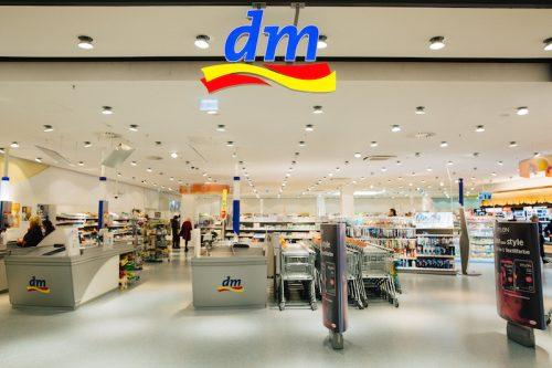 DM отвoра нова дрогерија во Штип сохуманитарна активност
