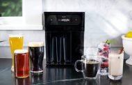 Pico U е универзална машина која прави кафе, газирани пијалаци и пиво