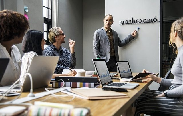 Како успешно да ја претставите вашата бизнис идеја пред инвеститори?