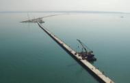 Путин го пушти во употреба првиот мост меѓу Русија и Крим