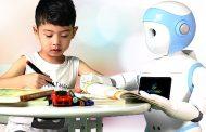 Кинези направија робот кој ќе им биде другар на осамените деца