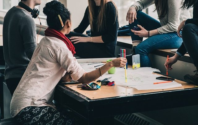 Зошто треба да ангажирате практиканти во вашата компанија ова лето?