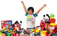 Шестгодишната YouTube ѕвезда Рајан ќе има своја линија играчки во Walmart