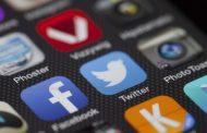 Twitter и Facebook изгубија една петтина од вредноста