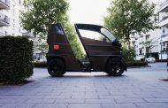 """Овој мал електричен автомобил се """"растегнува"""" за да собере повеќе патници"""
