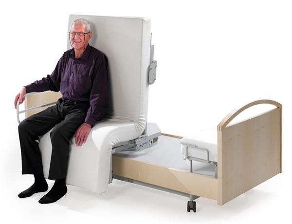 ВИДЕО: Ротирачки кревет за луѓе кои не можат да станат и да легнат сами