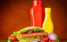 Постои лукава причина зошто често гледаме жолта и црвена боја на рекламите за брза храна