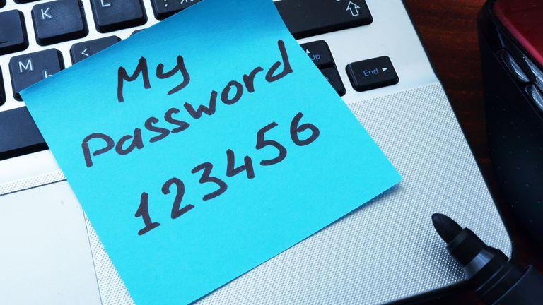 Калифорнија со закон забрани ставање лоши лозинки