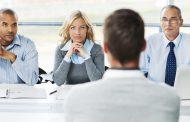 Седум знаци дека тој што ве интервјуира сака да ве вработи