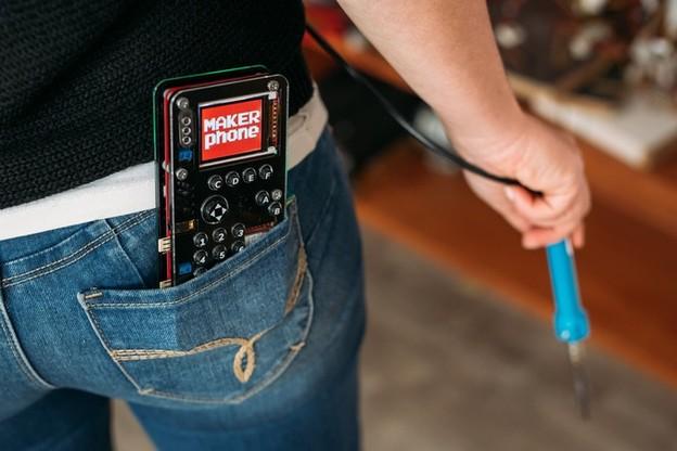 Хрватски иноватор направи DIY телефон кој го составувате сами