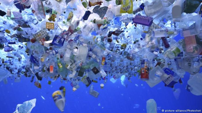 Канада од 2021 ќе ја забрани пластиката за еднократна употреба