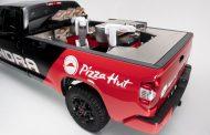 Pizza Hut и Toyota направија камион кој прави и доставува пици