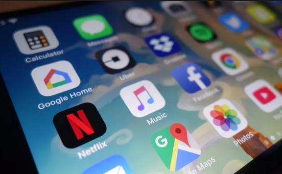 Во текот на 2018 година биле преземени повеќе од 113 милијарди апликации
