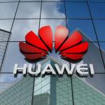 Кинезите го возвраќаат ударот - телефоните iPhone ќе ги заменат со телефони на Huawei