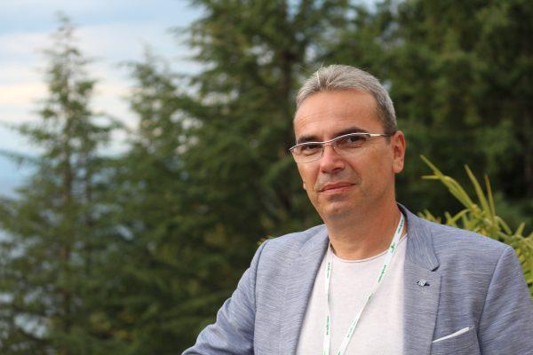 Профeсор Димитров: Развиваме паметен фотоволтаичен модул кој едновремено произведува и складира електрична енергија