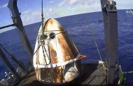 Капсулата на SpaceX успешно ја заврши мисијата и слета во Атлантскиот Океан