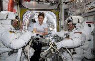 """НАСА ја откажа првата """"женска прошетка"""" во вселената"""