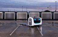 Ова е првиот робот во светот кој паркира автомобили на паркинг