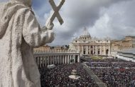 Ватикан сака да одлучува за иднината на роботите