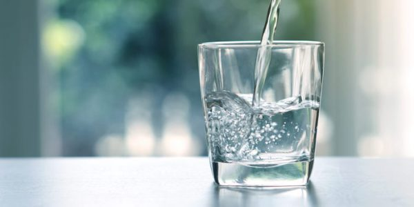 Високи 55,3% од населението смета дека водата за пиење во земјава е чиста и безбедна