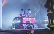 Во гаснењето на пожарот на Богородичната црква во Париз учествувал и робот пожарникар