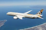 Etihad Airways по прв пат леташе без употреба на пластика за еднократна употреба