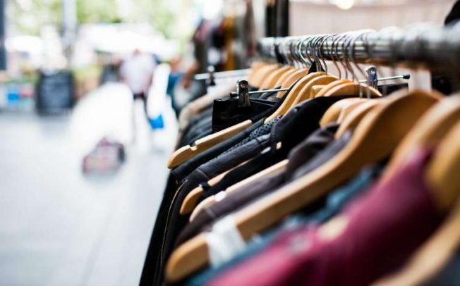 ВИДЕО: Седум факти за штетното влијание на модата врз планетата Земја
