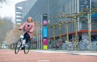 Овој електричен велосипед им помага на старите луѓе да одржуваат рамнотежа