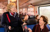 Наместо со билет, Холанѓаните плаќаа воз со читање на книга