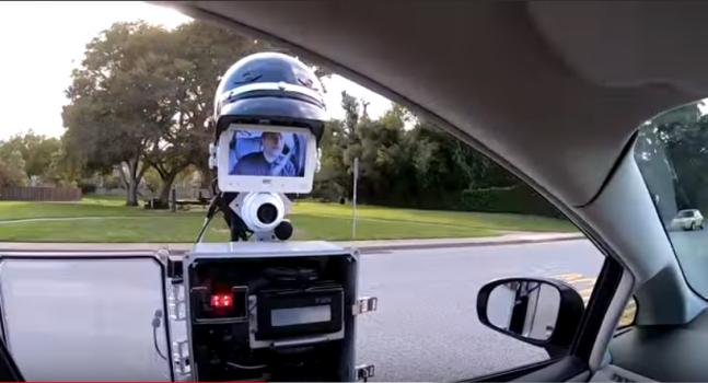 Еве како изгледа да ве стопира полицаец Робокап