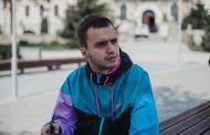 Интервју со Томи Акимовски, режисер на спотовите на Дупер, графички дизајнер и инфлуенсер