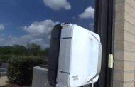 ВИДЕО: Робот чистач на прозорци – сон на секоја жена