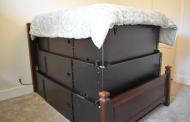 Овој кревет се трансформира во засолниште од поплави и бури