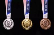Токио ги претстави медалите за Олимписките игри направени од стари мобилни телефони