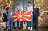 Македонски средношколци се вратија со два бронзени медали од Олимпијадата по хемија во Париз