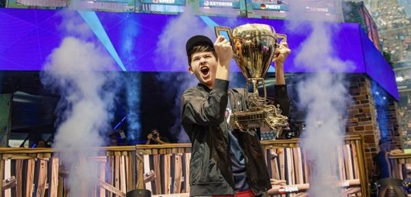 """Американски тинејџер освои 3 милиони долари како светски шампион во """"Фортнајт"""""""