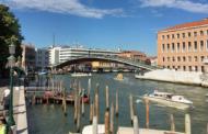 Венеција казни архитект со 78.000 евра затоа што изградил небезбеден мост
