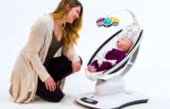 Столче за бебиња ги имитира движењата на рацете на родителите